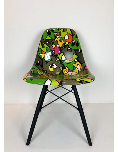 Kaki original Eames chair - MIST